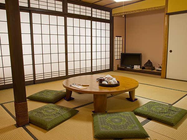 櫻山(10畳+6畳)