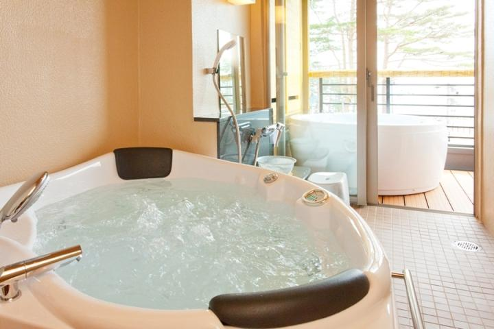 天望棟 次郎の庵 客室 露天風呂と内風呂