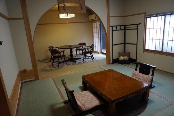 『花の弐番客室』(和室16畳+10畳ベットルーム)2階客室