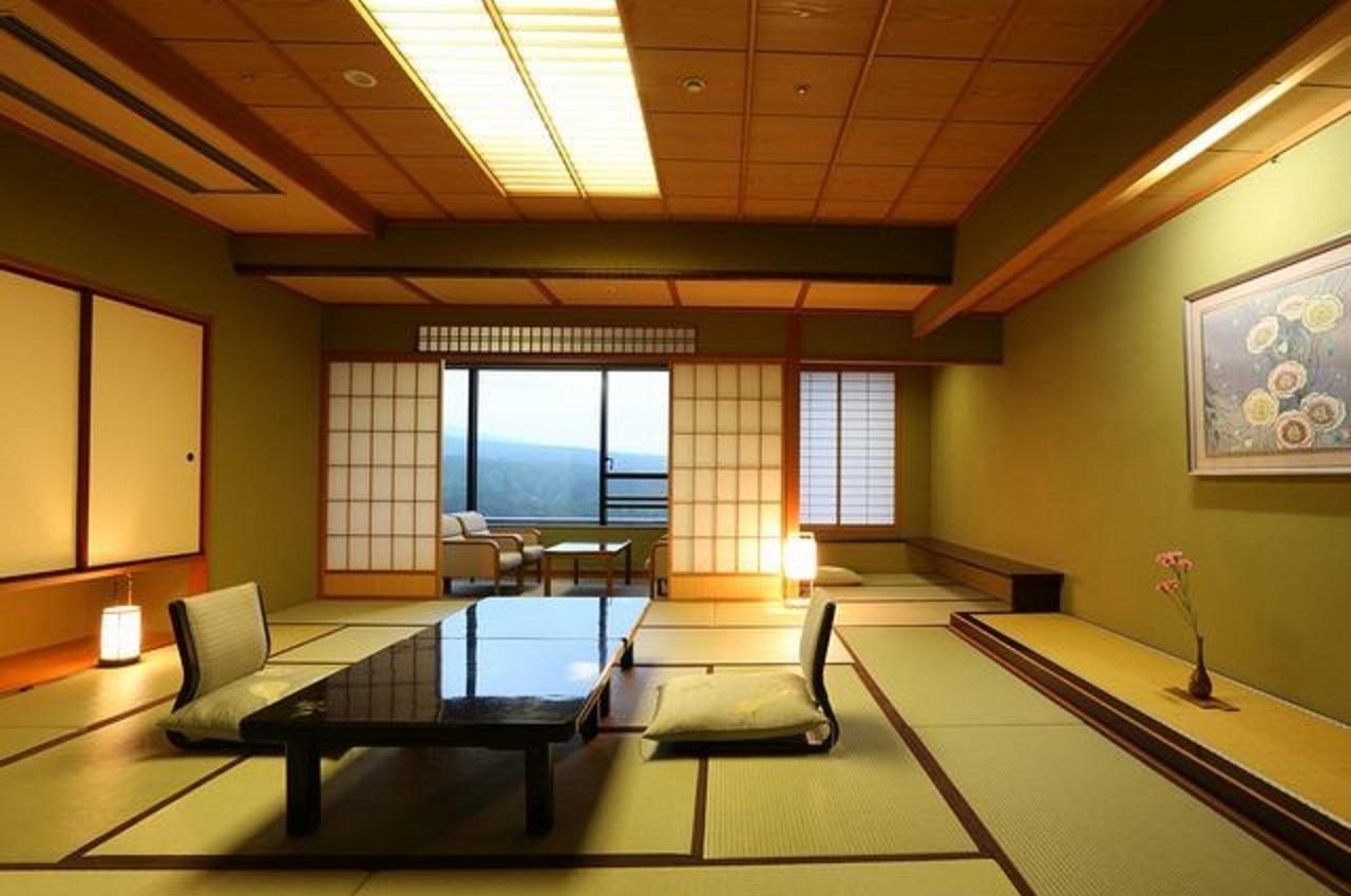 【新客殿・特別室】伝統美が生きる桃山文化の粋を集めた格調高い空間をご堪能下さい。