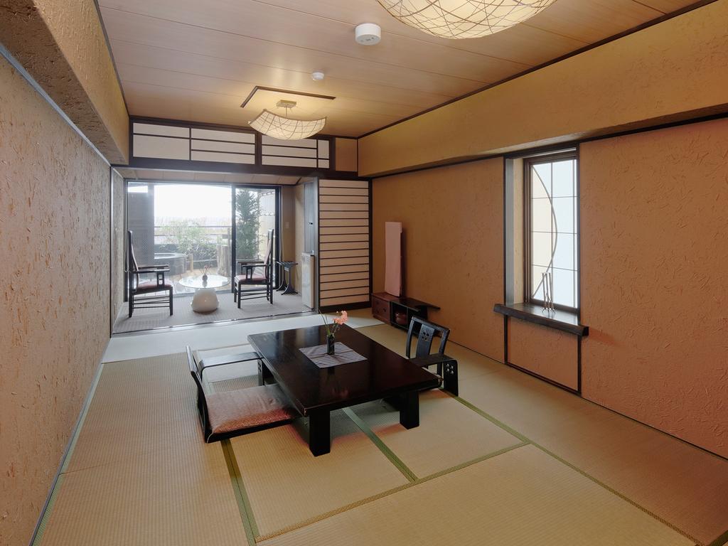 オーシャンビュー露天付き客室の一例