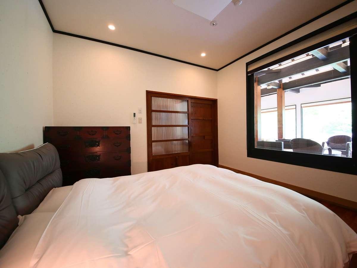 特別室(クイーンサイズベッド)