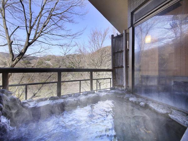 雷神の湯・露天風呂