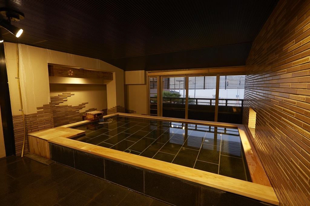 大浴場「松の湯」