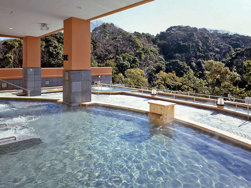 バリエーション豊かなお風呂がいっぱい<内の湯>