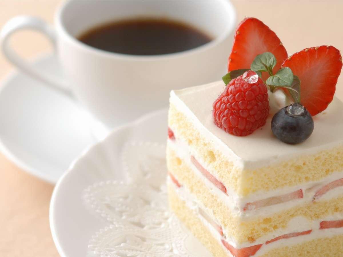 【マーブルラウンジ】こだわりのケーキとコーヒーでほっと一息…