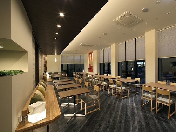 1Fレストラン 栄寿庵(78席)