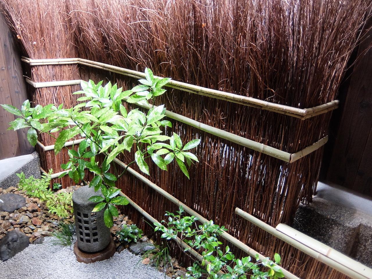 和室から見える庭