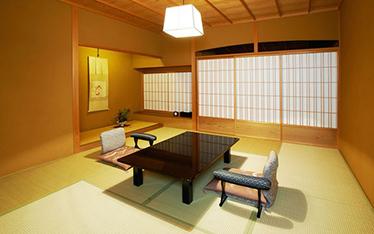 写真:スタンダード和室主室10畳(45平方m)