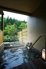 写真:庭園露天風呂付和洋室(Aタイプ) 露天風呂