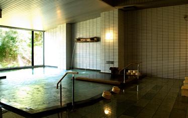 写真:瑞泉の湯露天風呂付(男湯)