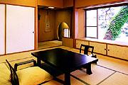 写真:老松 客室