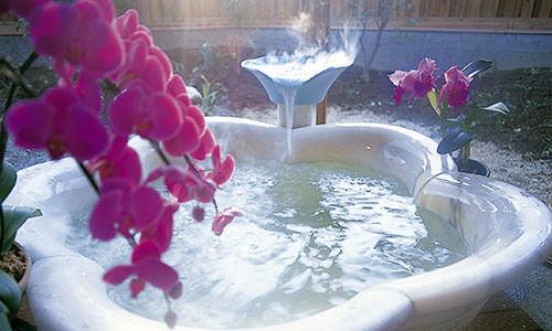 写真:貸切風呂 「花