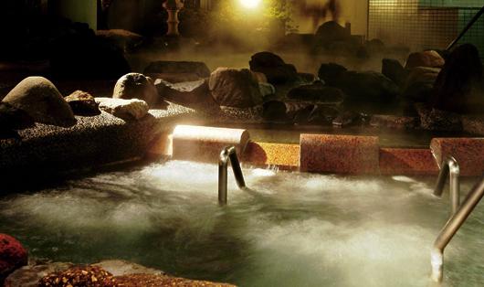流れる寝湯