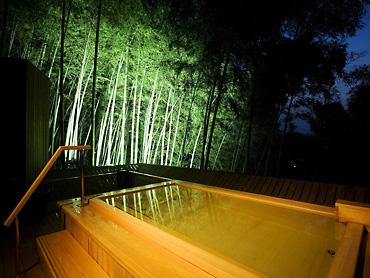 露天風呂夜景