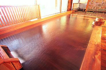 写真:古代檜の内湯