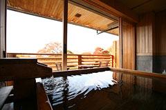 写真:展望露天風呂付特別客室