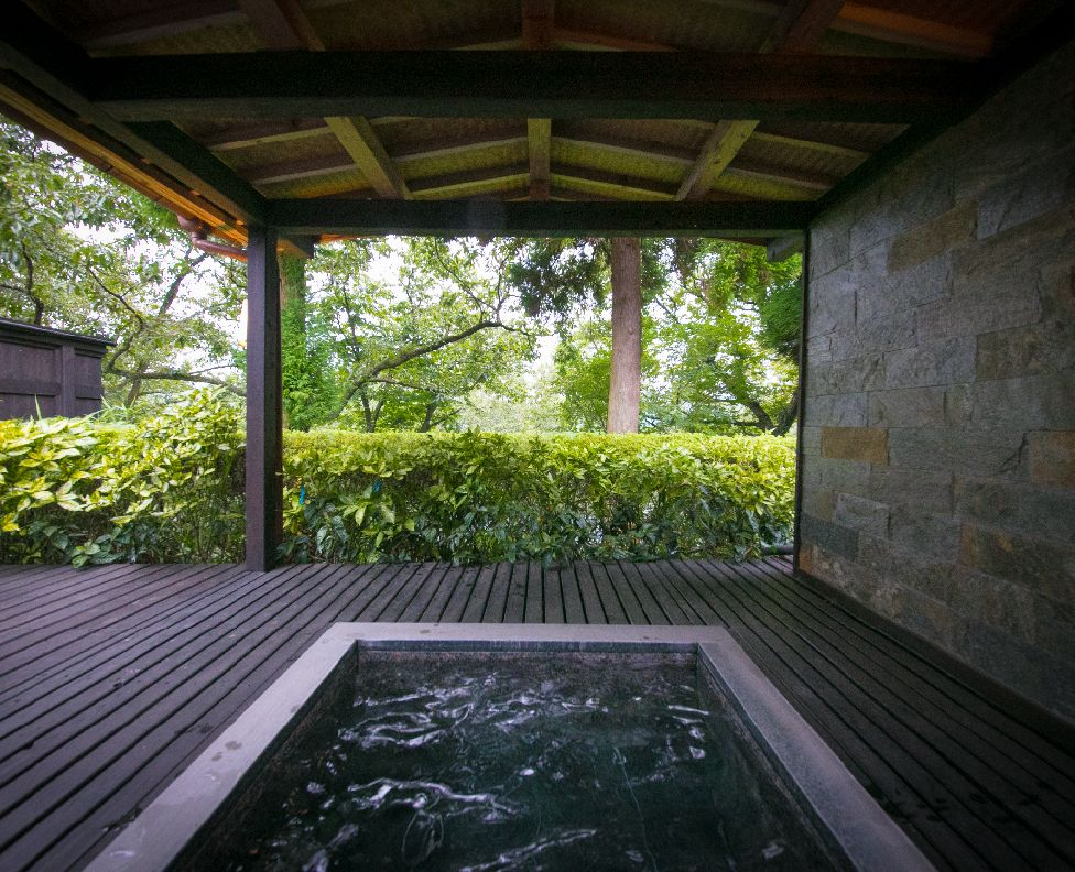 山水の棟 露天風呂