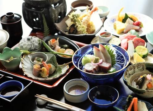 瓦宝楽焼き魚介コース