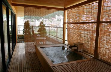 写真:露天風呂付き客室 客室風呂イメージ
