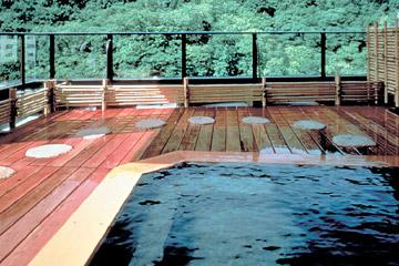写真:大浴場「風月」露天風呂