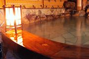 写真:貸切露天風呂 1階「渚」