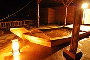 写真:貸切露天風呂 8階「海舟苑」