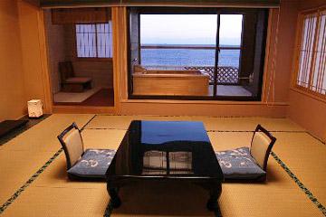 写真:露天風呂付客室【608号室】