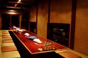 写真:レストラン・バー「紅がら亭」