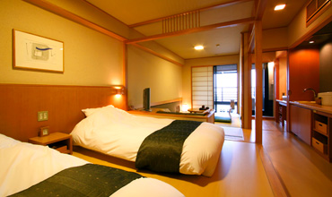 写真:露天風呂付客室「水花の庄」