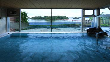 写真:天然温泉 大浴場