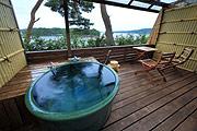 写真:露天風呂付き和室 露天風呂2