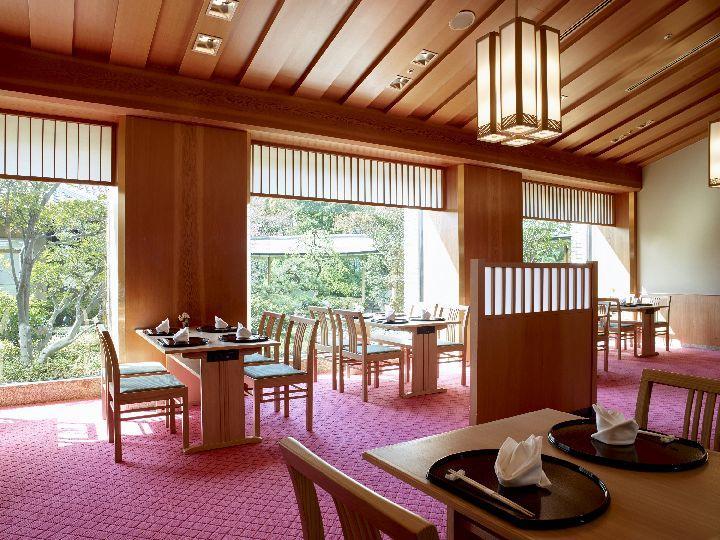 写真:和食堂「山里」 1階