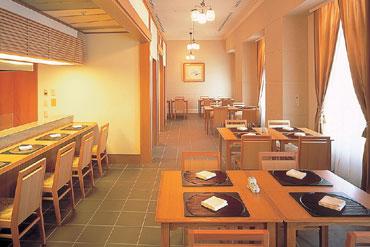 写真:和食レストラン「随縁亭」 6階