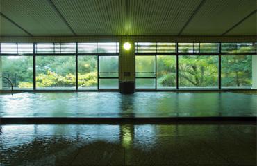写真:大浴殿『菖蒲湯』