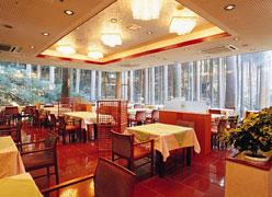 写真:レストラン「杉パレス」