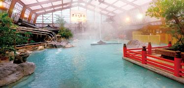 写真:硫黄谷庭園大浴場