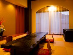 写真:特別室(和室14畳+洋室+露天風呂+ミストサウナ)