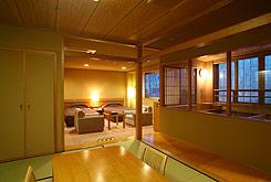 写真:最上階 展望露天風呂付客室