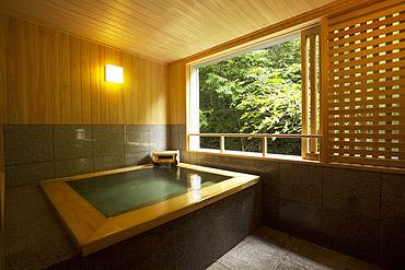 写真:展望露天風呂付客室