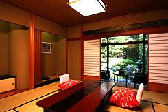 写真:おっしょべ亭和室(ガーデンビュー)