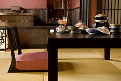 写真:お部屋食イメージ