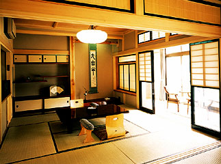 写真:桜の荘