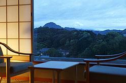 写真:天気の良い日には富士山も…
