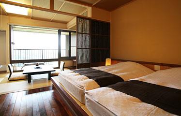 写真:限定1室「寝湯露天風呂付和のツイン」