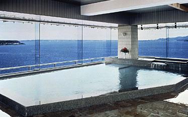 写真:屋上パノラマ大浴場