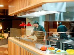 写真:オープンキッチン