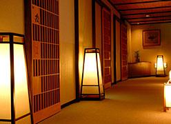 深山荘 高見屋:廊下