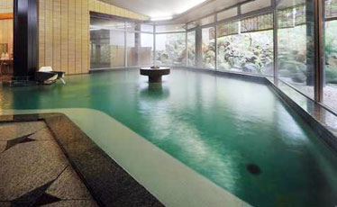 写真:庭園大浴場 「殿の湯」