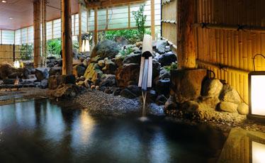 写真:「姫の湯」 露天風呂